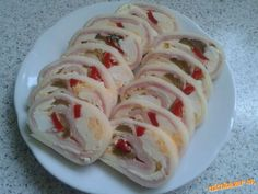 syrová roláda Appetizer Dips, Appetisers, Snacks, Lasagna, Sushi, Recipies, Dessert Recipes, Food And Drink, Cooking Recipes