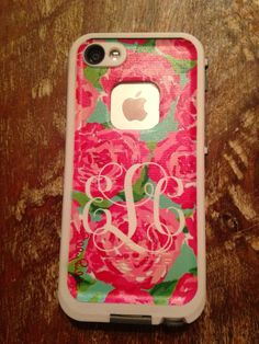 Preppy life proof case with monogram #preppy #lifeproof #LillyPulitzer