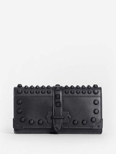 1c5259cb717631 Die 17 besten Bilder auf Prada Clutch | Prada clutch, Clutch bags ...