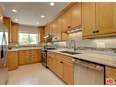 Sold 3034 N Cerritos Rd, Palm Springs #PalmSprings Custom kitchen cabinets and granite counters  tracymerrigan.com