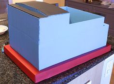 Tutorial for an adorable DIY Thomas the Train Costume made from a cardboard box from Little Red Window! This easy tutorial includes step by step instructions to help you make your own Thomas the Train Costume! Homemade Costumes, Diy Halloween Costumes, Thomas The Train Costume, Space Crafts For Kids, Train Crafts, Kids Corner, Little Red, Toy Chest, Window