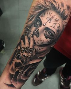 115 Santa Muerte Magnificent ideas for the unique tattoo designs Chicano Tattoos, Boy Tattoos, Trendy Tattoos, Unique Tattoos, Body Art Tattoos, Tattoos For Guys, Tatoos, Skull Girl Tattoo, Sugar Skull Tattoos