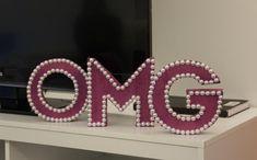 Quer deixar a decoração da casa ainda mais personalizada? Uma boa dica é utilizar as letras decorativas. Clique na imagem e saiba como fazer!