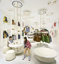 fachadas de tiendas de ropa infantil - Buscar con Google