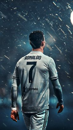 Looking for New 2019 Juventus Wallpapers of Cristiano Ronaldo? So, Here is Cristiano Ronaldo Juventus Wallpapers and Images Cristiano Ronaldo 7, Ronaldo Football, Messi And Ronaldo, Ronaldo News, Football Players, Ronaldo Real Madrid, Cr7 Wallpapers, Juventus Wallpapers, Iphone Wallpapers