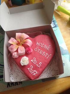 Dort svatební  Srdce s lilií a růžemi