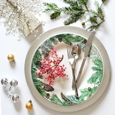 This holiday table inspiration by @centsationalgirl has us feeling rather festive. You have a few hours left to rev up your holiday spirit with 30% off all Tabletop + Barware! #giftoftheday #mypotterybarn #sneakpeek #linkinbio