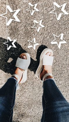 Footwear White platform espadrilles/ summer time shoe pattern 6 Steps to Tremendous Glossy Trendy Ha Cute Shoes, Me Too Shoes, Sock Shoes, Summer Shoes, Summer Outfits, Casual Outfits, Summer Sandals, Espadrilles, Espadrille Sandals
