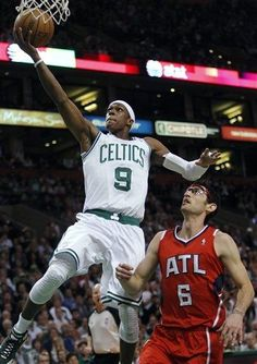 NBA: EASTERN CONFERENCE 1ST ROUND GAME 4  Hawks 79 Celtics 101 FINAL  Top Performer- R. Rondo 20 Pts, 3 Reb, 16 Ast, 3 Stl  CELTICS LEAD SERIES 3-1  keepinitrealsports.tumblr.com  keepinitrealsports.wordpress.com