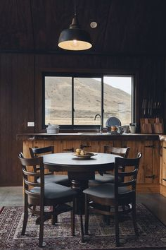 A Cozy Dream Cabin in New Zealand – THE STYLE FILES