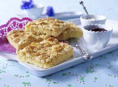 Unser beliebtes Rezept für Sahne-Mandel-Butterkuchen (Becherkuchen vom Blech) und mehr als 55.000 weitere kostenlose Rezepte auf LECKER.de.