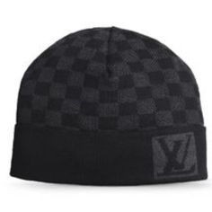 Louis Vuitton Beanie Super cutie authentic LV grey and black