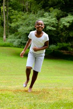 Running through the grass. Just doesn't get better. Nasierra has spent the last four summers in Westchester with her host family through The Fresh Air Fund. #grass #summer #nature