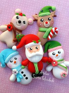Hanger Christmas Tree, Polymer Clay Christmas, Diy Christmas Ornaments, Christmas Art, Christmas Projects, Holiday Crafts, Christmas Decorations, Polymer Clay Ornaments, Cute Polymer Clay