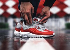 Supreme x Nike Air Max 98 - Varsity Red (by frozenbite)