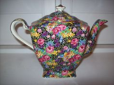 Vintage Royal Winton Chintz Hazel Teapot Ascot. Just found at a rummage sale!!