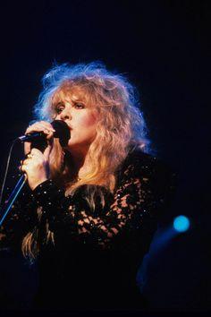 1990: Fleetwood Mac, Stevie Nicks - Behind the Mask live