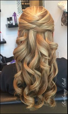 Elegant half up style. Bridal hair.