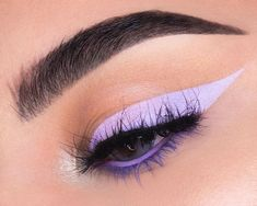 Lavender liner is a LOOK 💜 What's the most important thing you look for in an eyeliner? Good thing we've got you covered ⚡️FREE BLACK…
