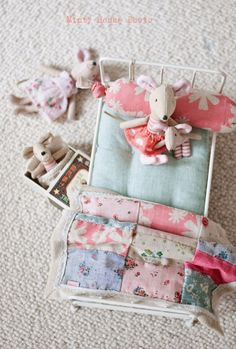 Minty House Blog : Such a beautiful little blanket, mattress and pillow