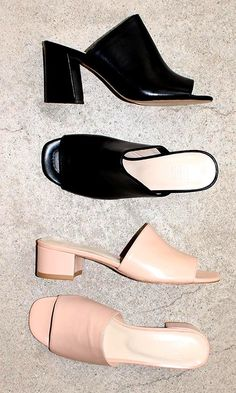 Mules in Black / Blush