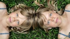 """Genetic differences between """"identical"""" twins discovered By Darren Quick December 2013 Dna Drawing, Twin Photos, Aquaponics Plants, Ancestry Dna, Mind Blowing Facts, Identical Twins, Dna Test"""