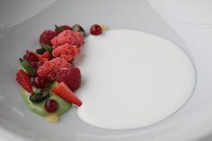 Postre creado por el chef Eneko Atxa #dessert by Eneko Atxa