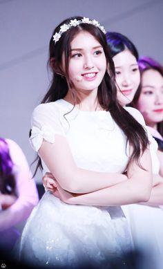 (2) Twitter South Korean Girls, Korean Girl Groups, Jung Chaeyeon, Choi Yoojung, Kim Sejeong, Jeon Somi, Cute Korean, My Princess, Korean Singer
