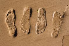 ***¿Cómo hacer un Adorno de Arena?*** ¿Ya no sabes qué hacer con toda esa arena que trajiste de tus vacaciones? Conviértelas en un adorno de arena y yeso, original y especial.....SIGUE LEYENDO EN.... http://comohacerpara.com/hacer-un-adorno-de-arena_11582h.html