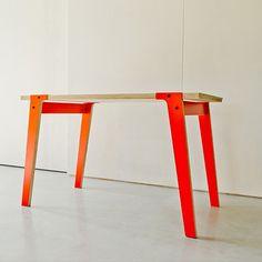 Medium Switch Tisch - Orange von rform | MONOQI