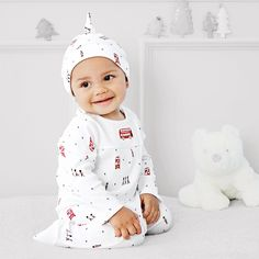 The White Company US. London Blanket & Hat Set | This adorable, London-themed cotton sleepsuit has a wonderfully detailed print of marching soldiers - each playing their own instruments - with a solo conductor. Pinning from the UK? -> http://www.thewhitecompany.com/the-little-white-company/baby/baby-boys/baby-boys-london-bus-footed-sleepsuit/