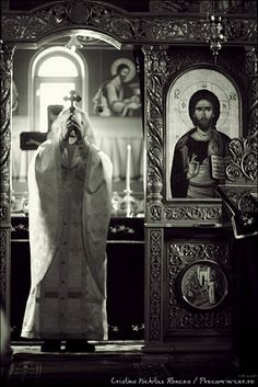 http://nichitus.ro © Cristina Nichitus Roncea. PRECUM IN CER, ASA SI PE PAMANT. Calatorie foto prin lumea ortodoxa romaneasca. «On earth as it is in heaven». A photo journey into the Romanian Eastern Orthodox realm.  http://precum-in-cer.ro La multi ani, 2013!
