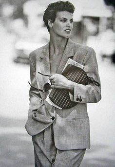 linda evangelista 90s cropped hair - Google Search