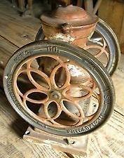 Recherche vieux moulin à cafe Laurentides Québec image 2