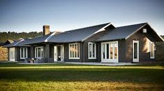 55 ideas exterior house colors gray james darcy for 2019 Black House Exterior, Grey Exterior, Exterior Cladding, Exterior House Colors, Exterior Paint, Style At Home, Style Blog, Pintura Exterior, Black Barn