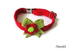 Cat collar-Christmas collar-Christmas cat collar-custom collar-crochet cat collar-flowered cat collar-Red and green cat collar