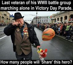 Last Veteran Of His WWII Battle Group Marching Alone In Memorial Day Parade - Funny Memes. The Funniest Memes worldwide for Birthdays, School, Cats, and Dank Memes - Meme Sweet Stories, Cute Stories, How Many People, Good People, Special People, Amazing People, Amazing Things, Touching Stories, Gives Me Hope