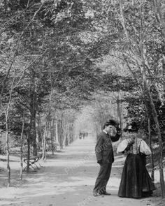 """America's Gilded Age in NYC. Photo of a well dressed couple standing in, """"Lovers Lane"""", Central Park - New York City ~ {cwlyons} ~ (Part of an original stereographic image, published in November by: Strohmeyer & Wyman, via: The LOC) New York Pictures, Old Pictures, Vintage Pictures, Old Photos, Photos Of Lovers, New York City Central Park, Art In The Park, Nyc, Vintage New York"""
