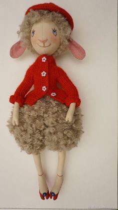 Купить Овечка Лизетта - овечка, ярко-красный, текстильная овечка, кукла войнатовской, кукла-овечка