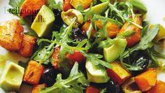 Dieser vegane Salat von Clean Eating-Star Ella Woodward ist leicht zuzubereiten, mächtig lecker und macht schön satt!