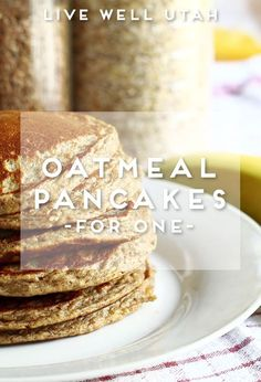 No more leftover pancakes forgotten in the fridge! Try this single-serving oatmeal pancake recipe, and increase the recipe if you need to feed more people. Here is a great single serving pancake re… Single Serving Pancake, Pancakes For One, Oatmeal Pancakes Easy, Pancake Muffins, Healthy Oat Pancakes, Skinny Pancakes, German Pancakes, Banana Pancakes, Low Calorie Pancakes