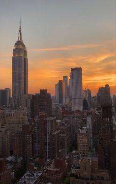 New York Life, Nyc Life, City Aesthetic, Travel Aesthetic, Aesthetic Girl, Places To Travel, Places To Go, City Vibe, Dream City