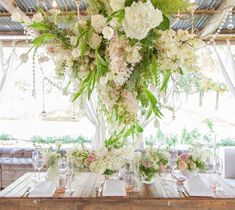 Daily Wedding Flower Ideas (New!) - MODwedding