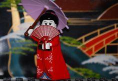 Lego Collectible Minifigures Series 4: Kimono Girl