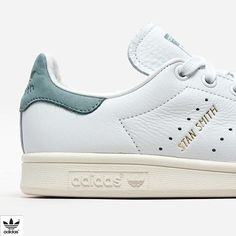 innovative design cf185 aacd0 A fresh, modern update to the Stan Smith, these shoes are made from super  soft, premium tumbled leather. A vintage golden Adidas ...