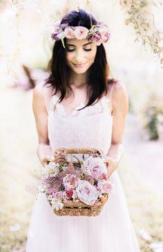 Beautiful Natural Bridal Inspiration | Reverie Supply Photography | Bridal Musings Wedding Blog 23