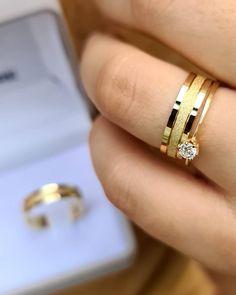 Gold Wedding Rings, Wedding Rings For Women, Rings For Men, Silver Rings, Couple Rings Gold, Engagement Rings Couple, Bijoux Louis Vuitton, Stomach Tattoos Women, Girl Hand Pic