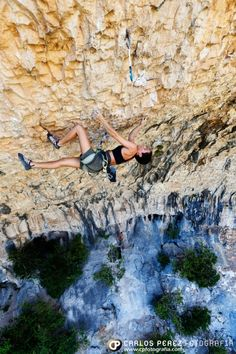 34-year-old Spanish climber Mar Álvarez has thrown down in Margalef, Spain by sending Era Vella (9a/5.14d)! The route was established in 2009 by Chris Sharma and has since seen almost 20 repeats. T...
