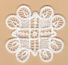 Macrame Romania  - Romanian Point Lace crochet mat