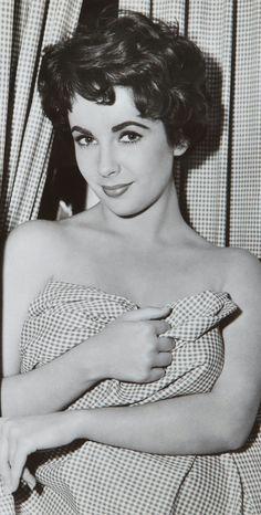 Elizabeth Taylor  (MGM, 1954).